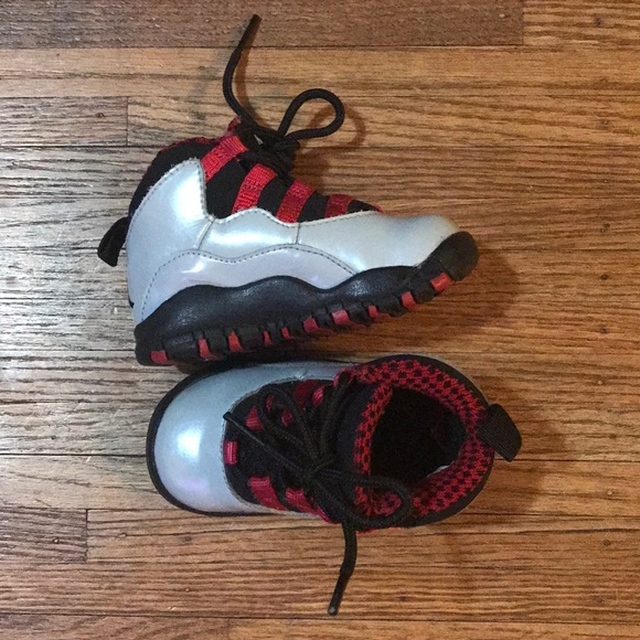 86e1035b70396b Jordan Other - Nike Air Jordan 10 Retro Wolf Grey Black Red 5C